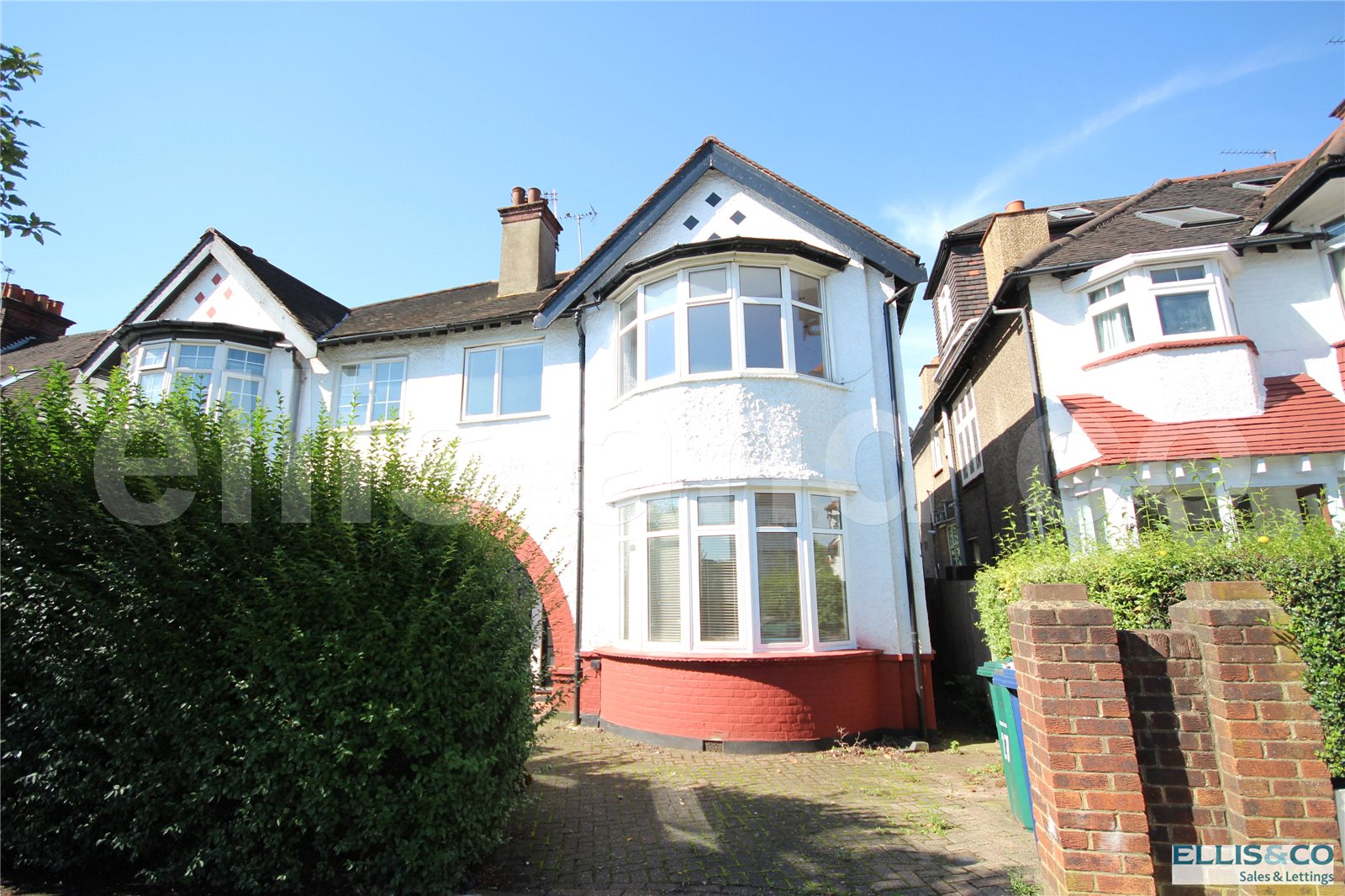 2 Bedrooms Flat for sale in Millway Mill Hill London NW7