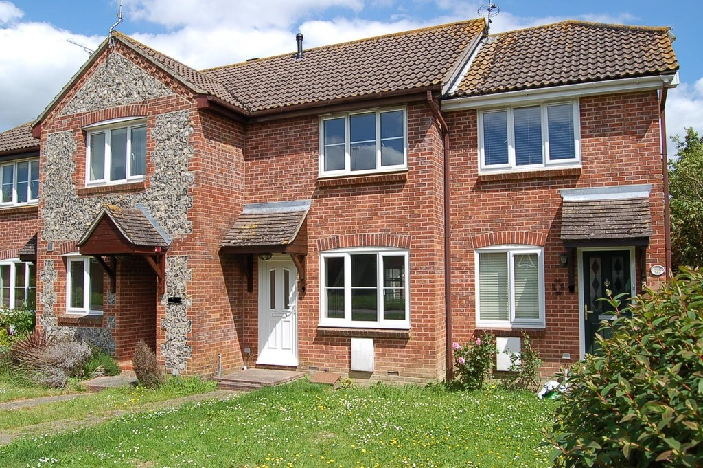 2 Bedrooms Terraced House for sale in Burgess Hill RH15