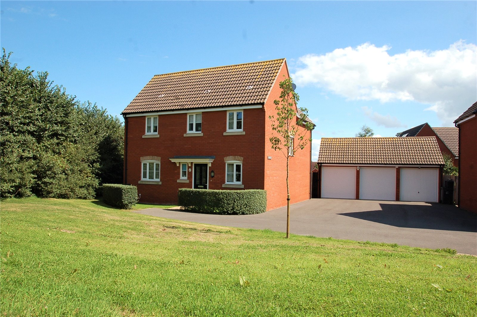 4 Bedrooms Detached House for sale in Primrose Walk Wilstock Village North Petherton TA5