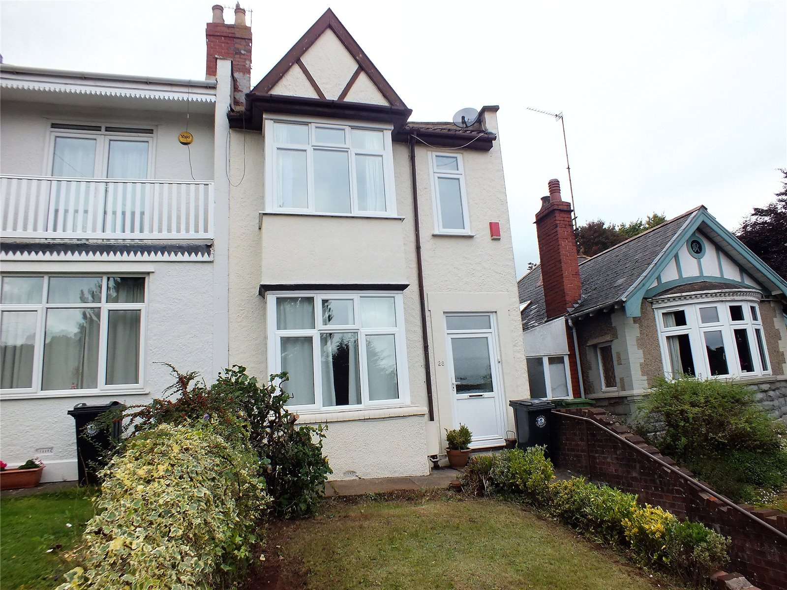 3 Bedrooms Property for sale in Salisbury Road St Annes Bristol BS4