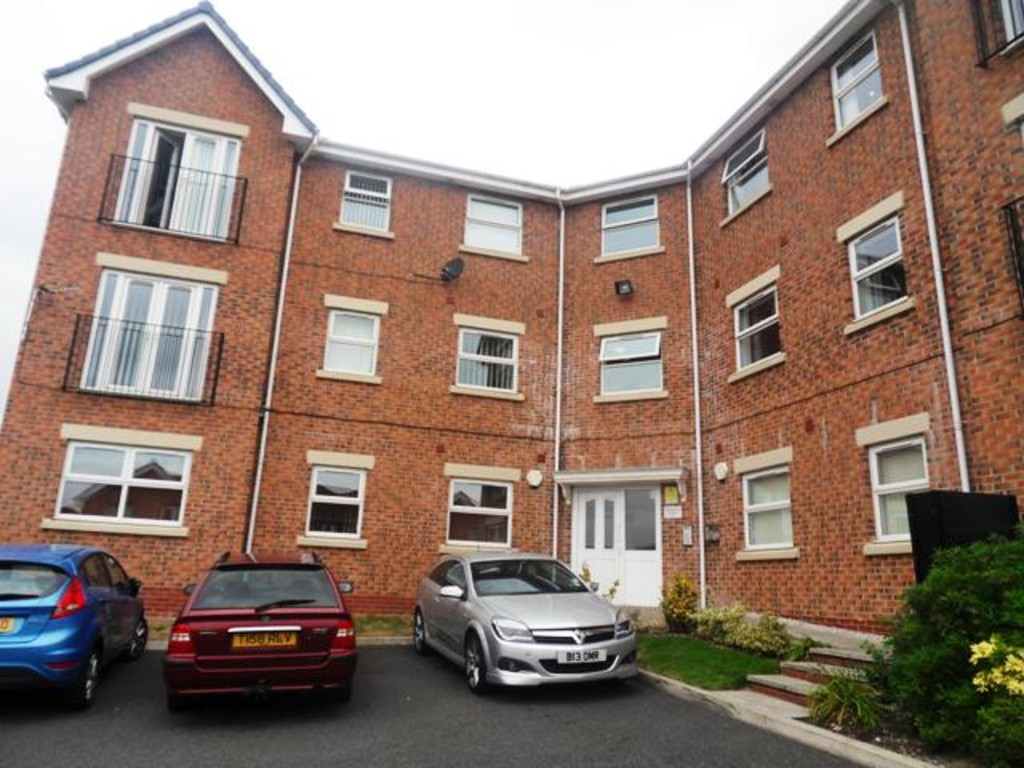 2 Bedrooms Apartment Flat for sale in Plumpton Mews, Halton View,Widnes WA8