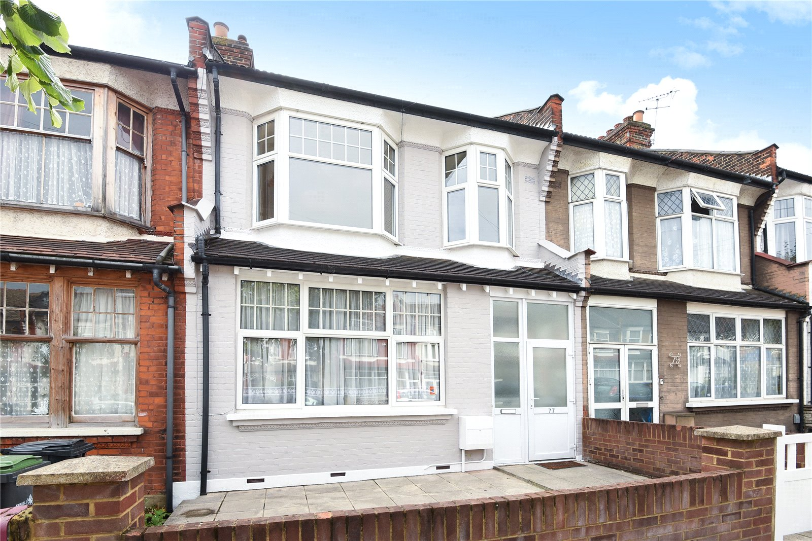 3 Bedrooms Terraced House for sale in Shrewsbury Road Bounds Greeen London N11