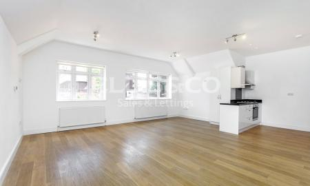 Photo of 3 bedroom Flat to rent