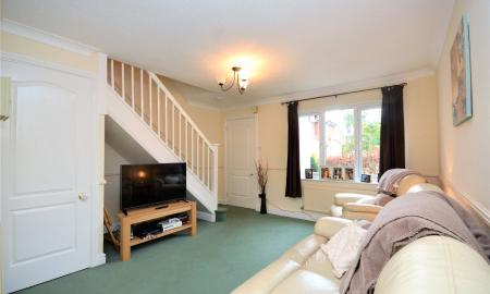 Woodfield Way Theale Reading RG7 Image 4