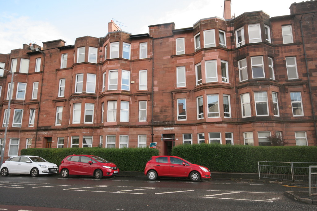 2 Bedrooms Apartment Flat for sale in 2/1, 325 Tantallon Road G41
