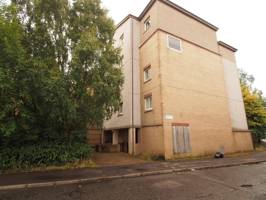 2 Bedrooms Apartment Flat for sale in Lenzie Place, Springburn G21