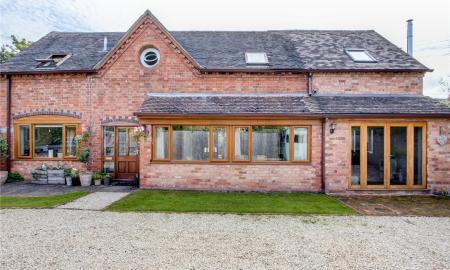 Photo of 4 bedroom Barn Conversion for sale in Whittington Worcester WR5
