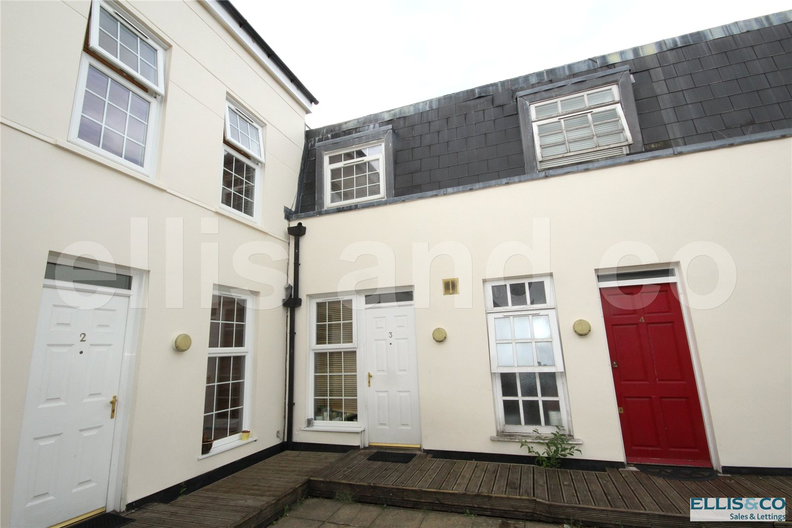 2 Bedrooms Terraced House for sale in Monterey Close Mill Hill London NW7