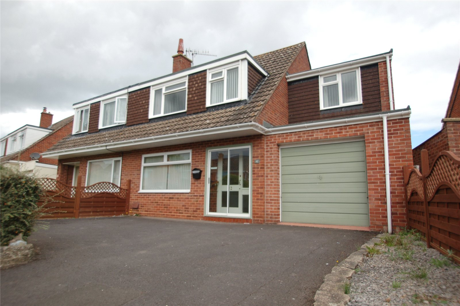 4 Bedrooms Semi Detached House for sale in Holford Road Bridgwater Somerset TA6
