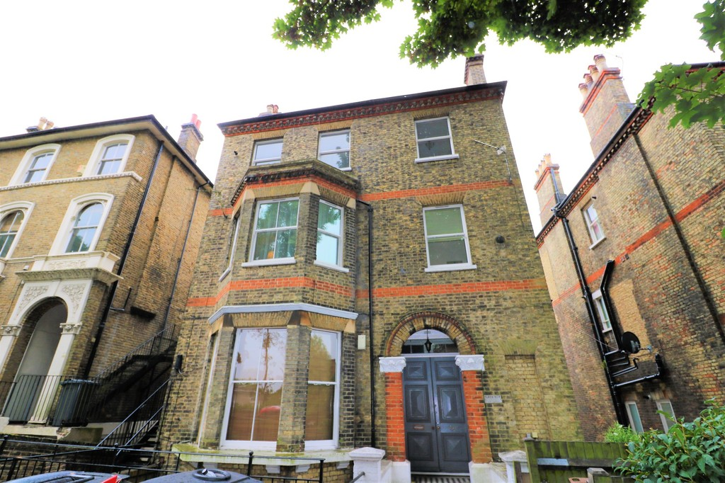 1 Bedroom Apartment Flat for sale in Central Hill, Crystal Palace SE19