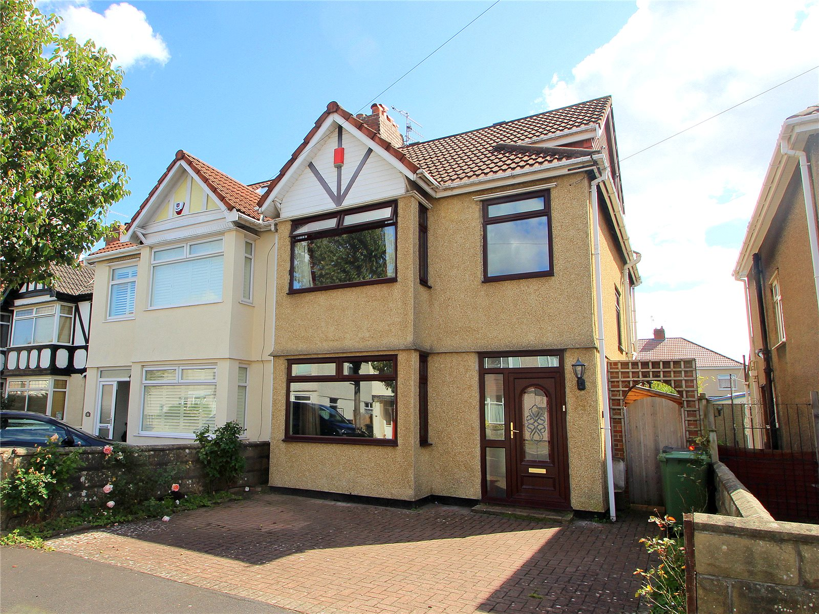 4 Bedrooms Semi Detached House for sale in Irby Road Ashton BRISTOL BS3