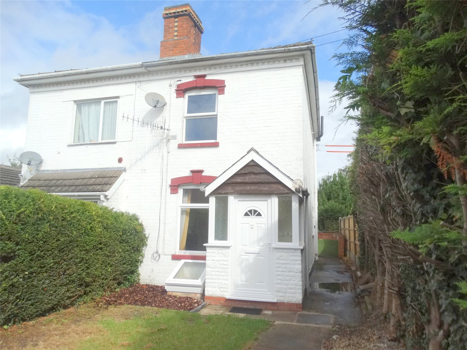 2 Bedrooms Semi Detached House for sale in Farley Street St Johns Worcester WR2