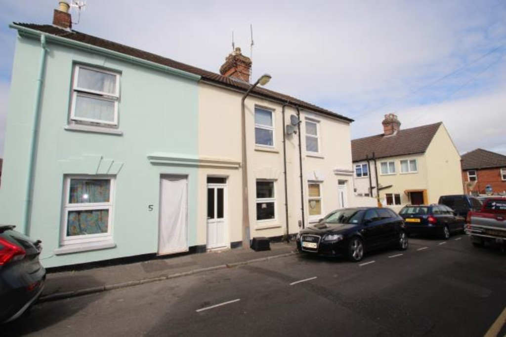 2 Bedrooms Terraced House for sale in James Street, Salisbury SP2