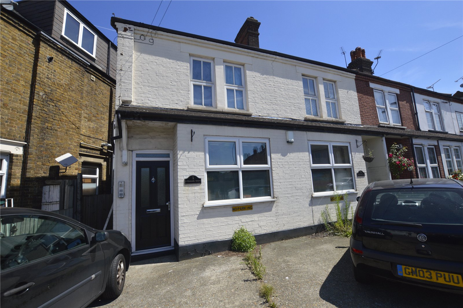 2 Bedrooms Maisonette Flat for sale in Vicarage Road Bexley Kent DA5