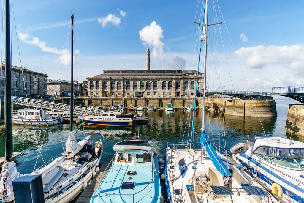 1 Bedroom Apartment Flat for sale in Mills Bakery, Royal William Yard, Plymouth PL1