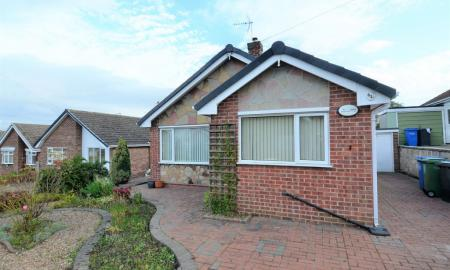 Photo of 2 bedroom Detached Bungalow for sale