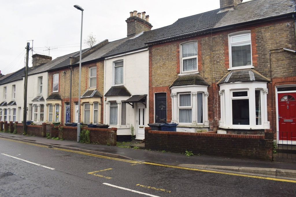 3 Bedrooms Terraced House for sale in Green Street, High Wycombe HP11
