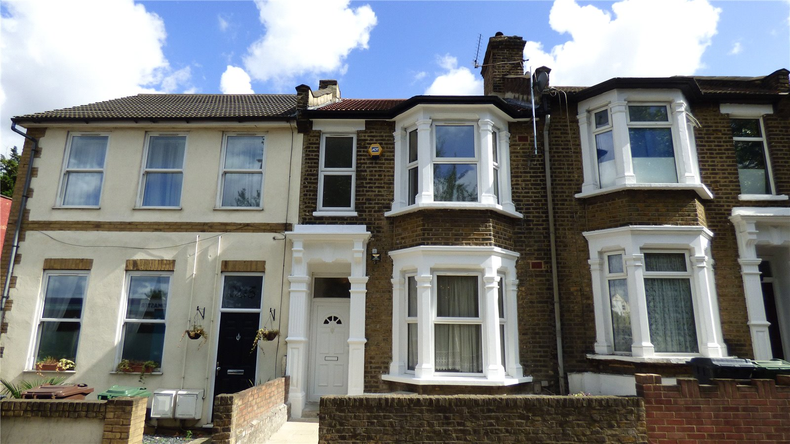 3 Bedrooms Property for sale in Church Road Leyton E10