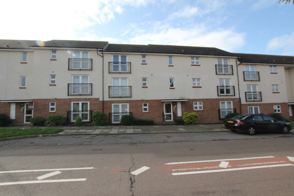 2 Bedrooms Apartment Flat for sale in Gray Court, Stevenage SG1