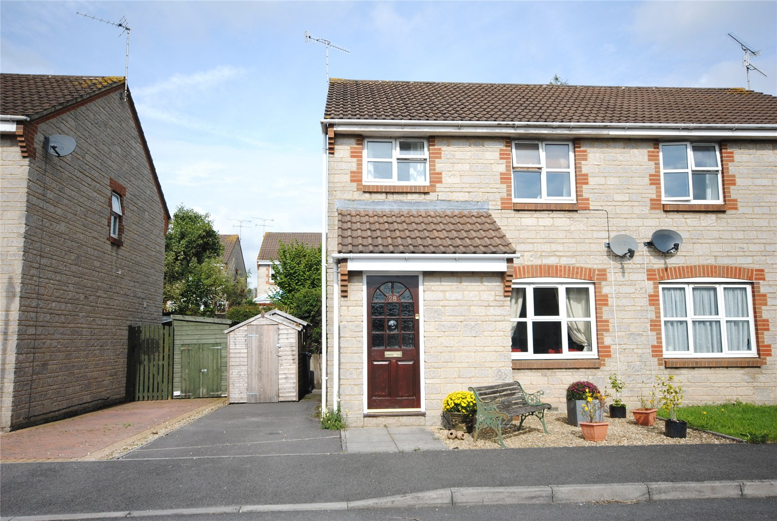 3 Bedrooms Semi Detached House for sale in Gough Place CHEDDAR Somerset BS27