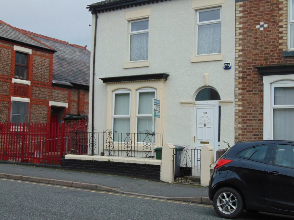 3 Bedrooms Property for sale in Old Chester Road, Birkenhead CH42