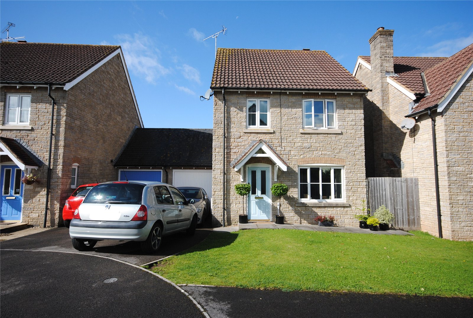 3 Bedrooms Detached House for sale in Mead Close CHEDDAR Somerset BS27
