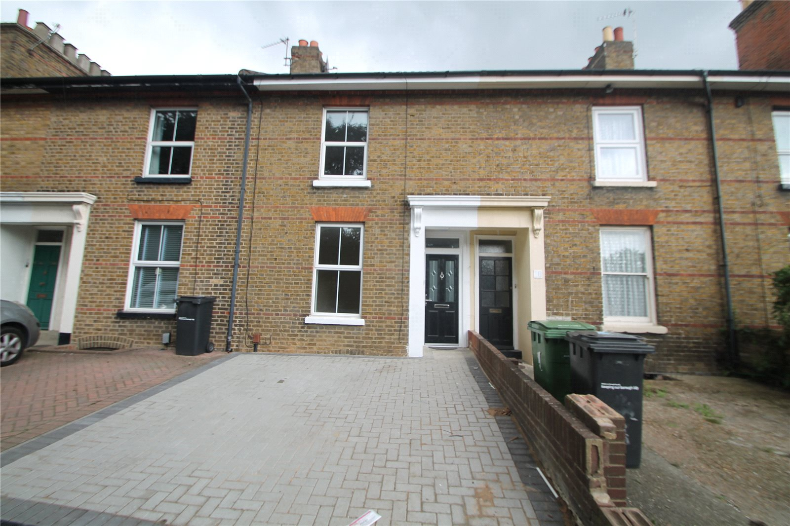 3 Bedrooms Terraced House for sale in Fisher Street Maidstone Kent ME14