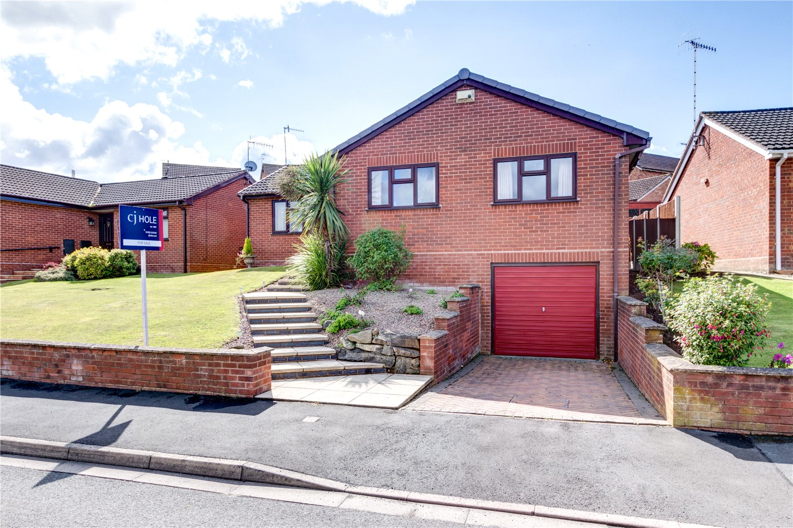 2 Bedrooms Bungalow for sale in Woodbridge Close Worcester WR5