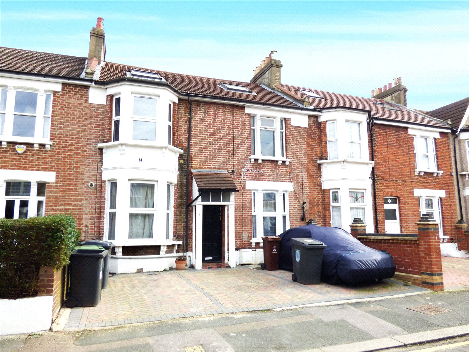 1 Bedroom Flat for sale in Carisbrooke Road London E17