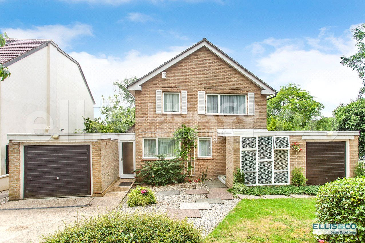 3 Bedrooms Detached House for sale in Wise Lane Mill Hill London NW7
