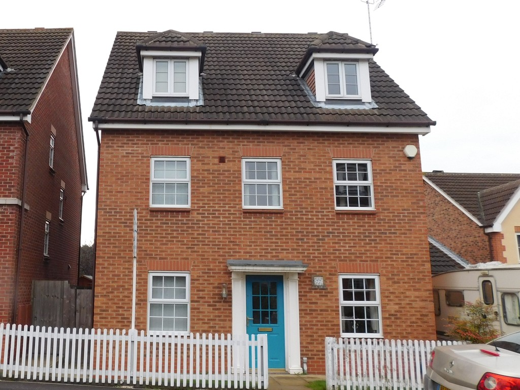 5 Bedrooms Detached House for sale in Emmerson Drive, Kings Clipstone NG21