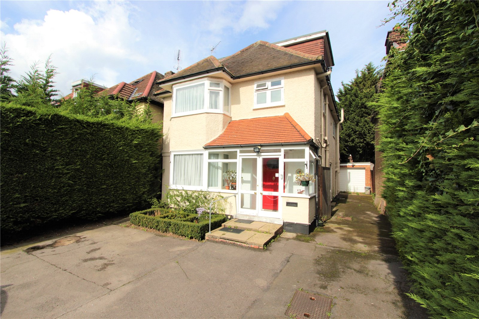 4 Bedrooms Detached House for sale in Chalkhill Road Wembley HA9