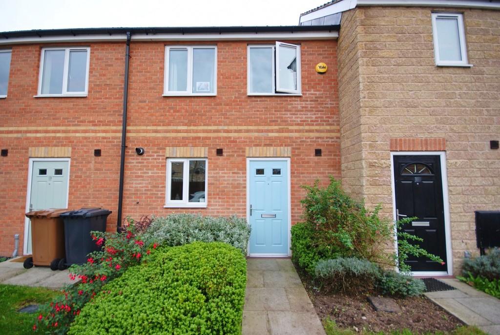 2 Bedrooms Terraced House for sale in Limeberry Place, Lincoln LN6