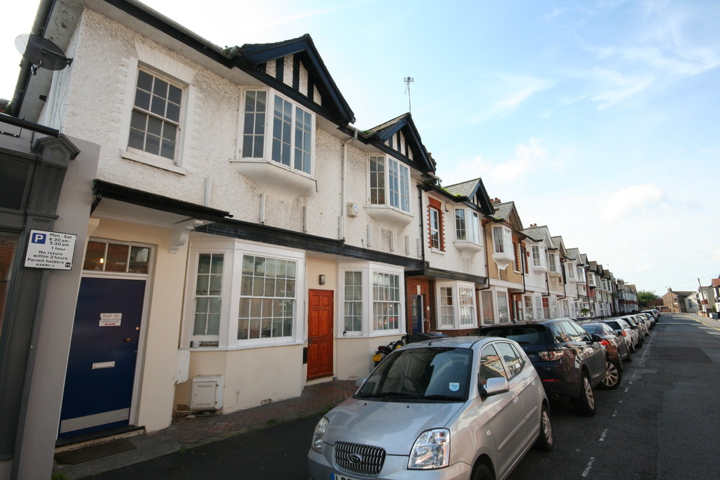 2 Bedrooms Apartment Flat for sale in Stanhope Road, Deal CT14