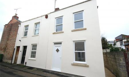 Photo of 2 bedroom House to rent in Victoria Cottages Off Hanover Street Cheltenham GL50