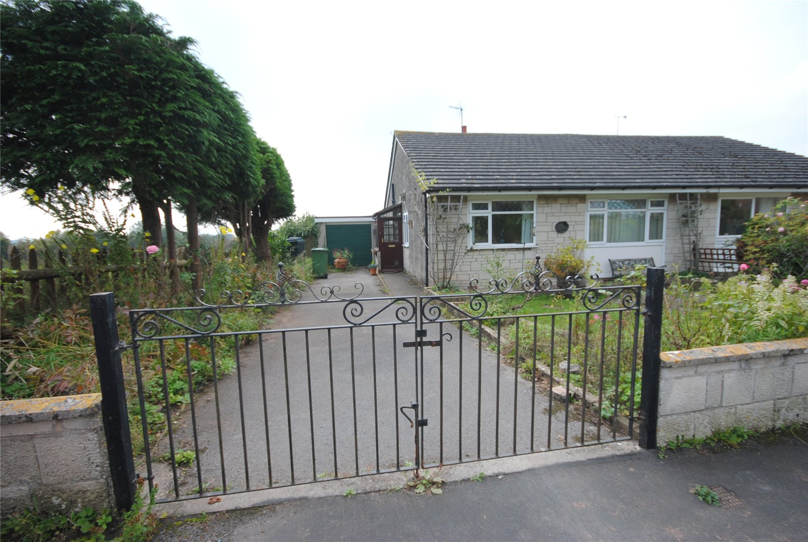 3 Bedrooms Bungalow for sale in Eastville Lane Draycott Cheddar BS27