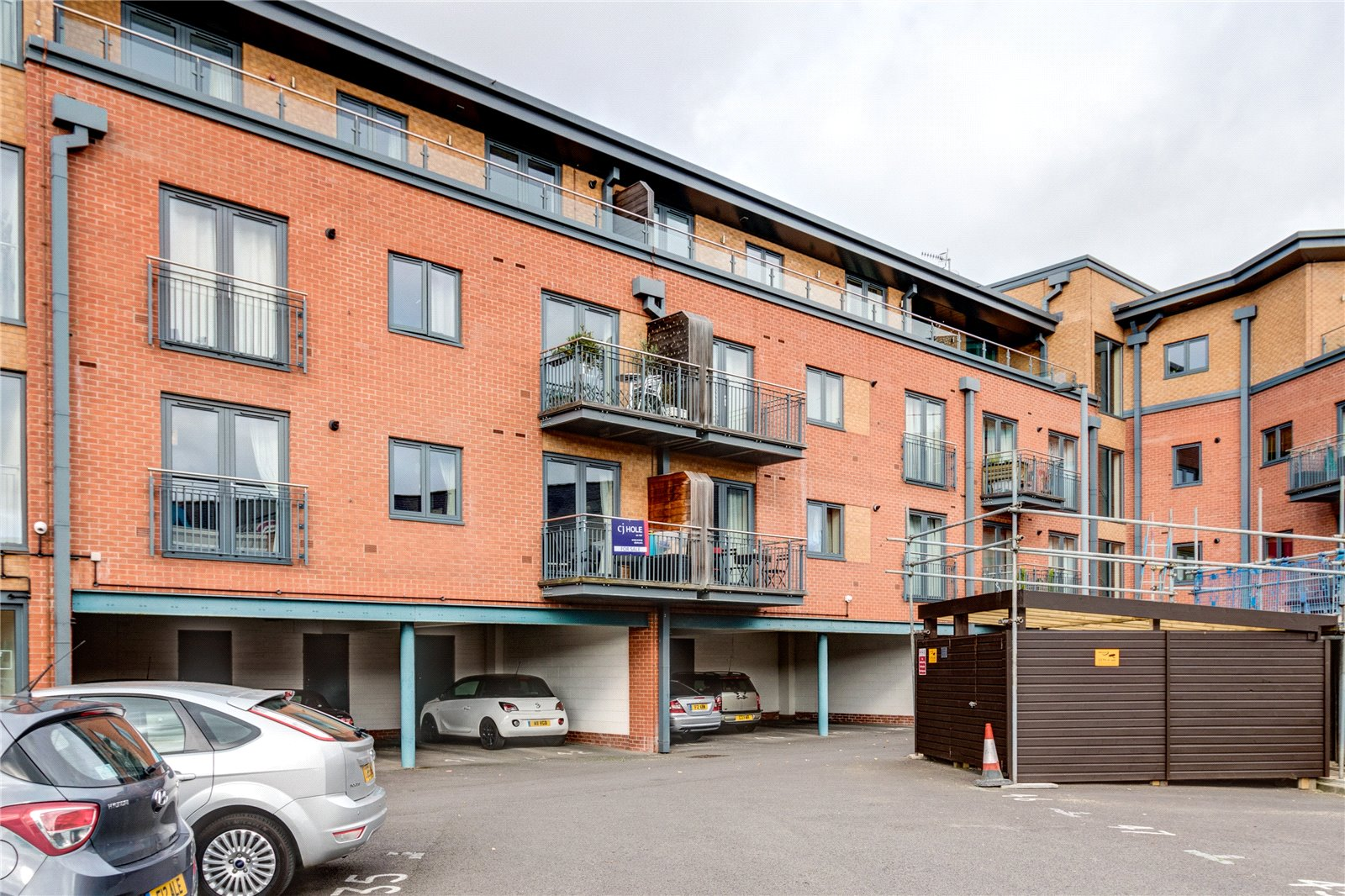 2 Bedrooms Flat for sale in Bradley Court Diglis Worcester WR5