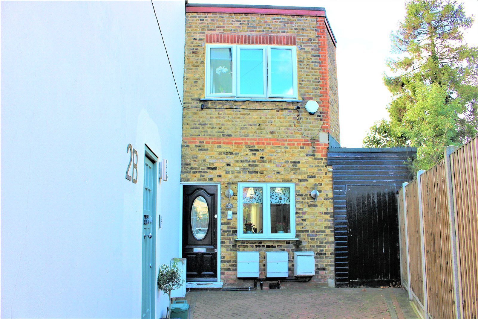 2 Bedrooms Terraced House for sale in Northbrook Road Bowes Park London N22