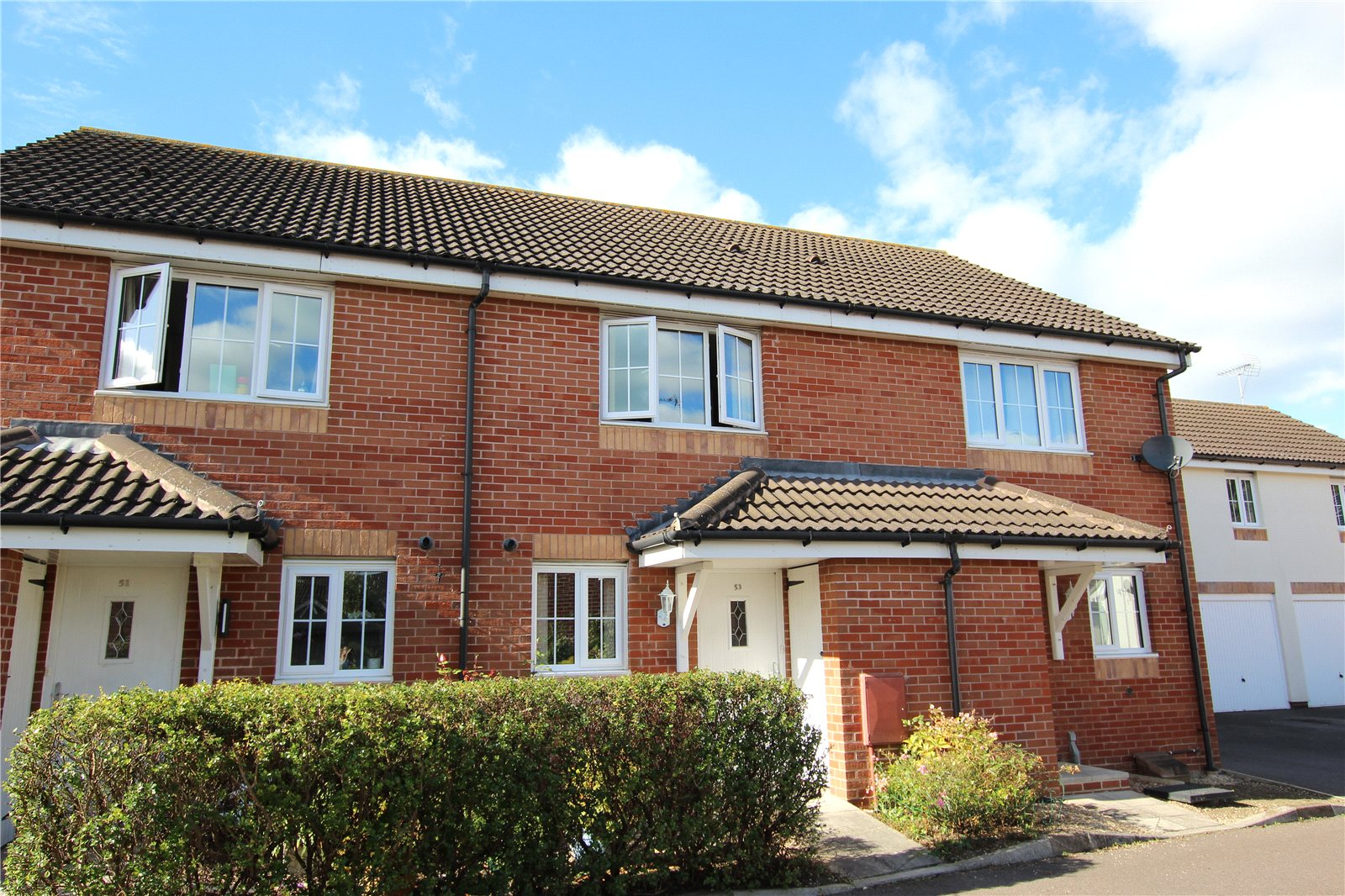 2 Bedrooms Terraced House for sale in The Forge Hempstead Gloucester GL2