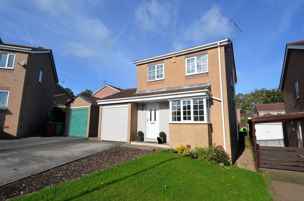 3 Bedrooms Detached House for sale in Nottingham Drive, Wingerworth, Chesterfield S42