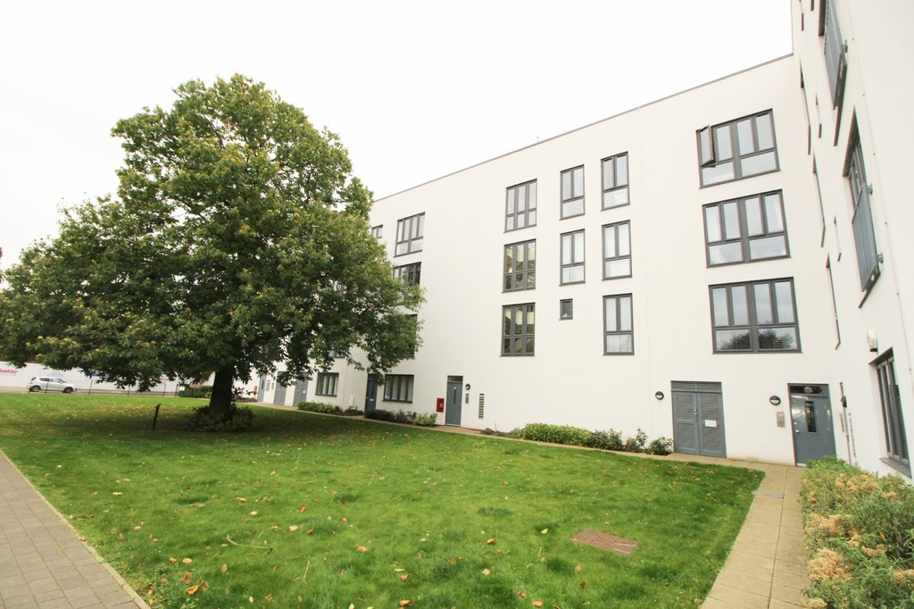 1 Bedroom Apartment Flat for sale in Penn Way, Welwyn Garden City AL7