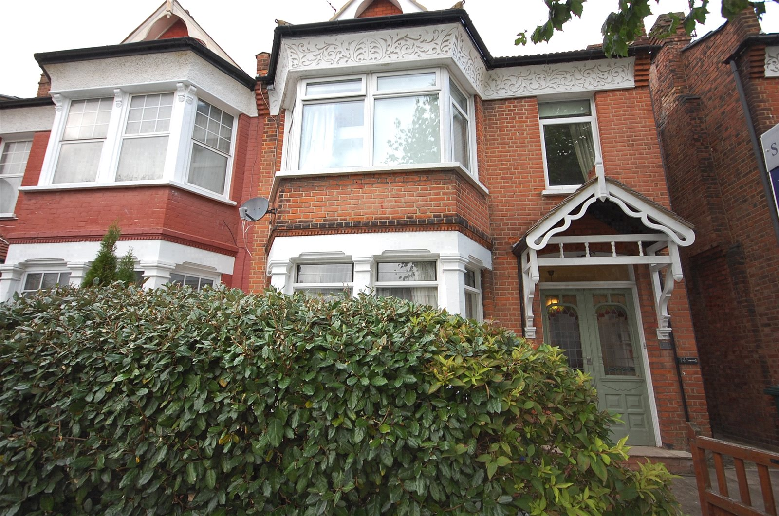 4 Bedrooms Flat for sale in Dukes Avenue Finchley London N3