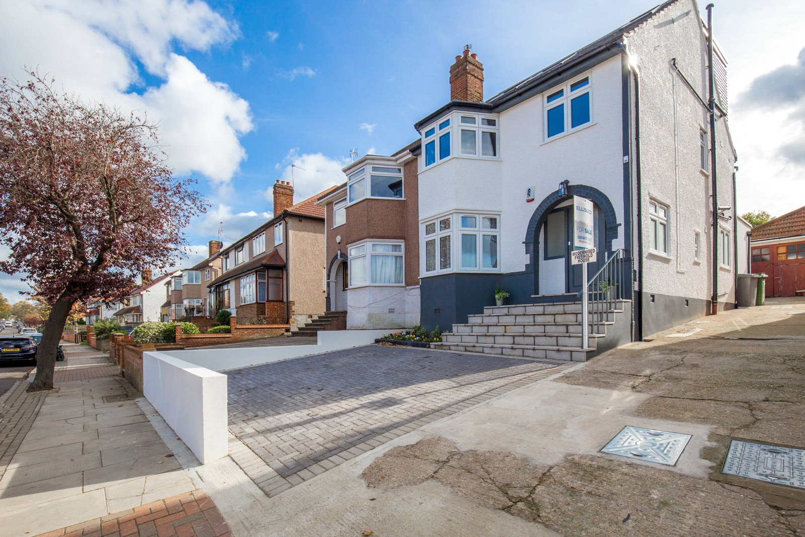 4 Bedrooms Semi Detached House for sale in Paddock Road London NW2