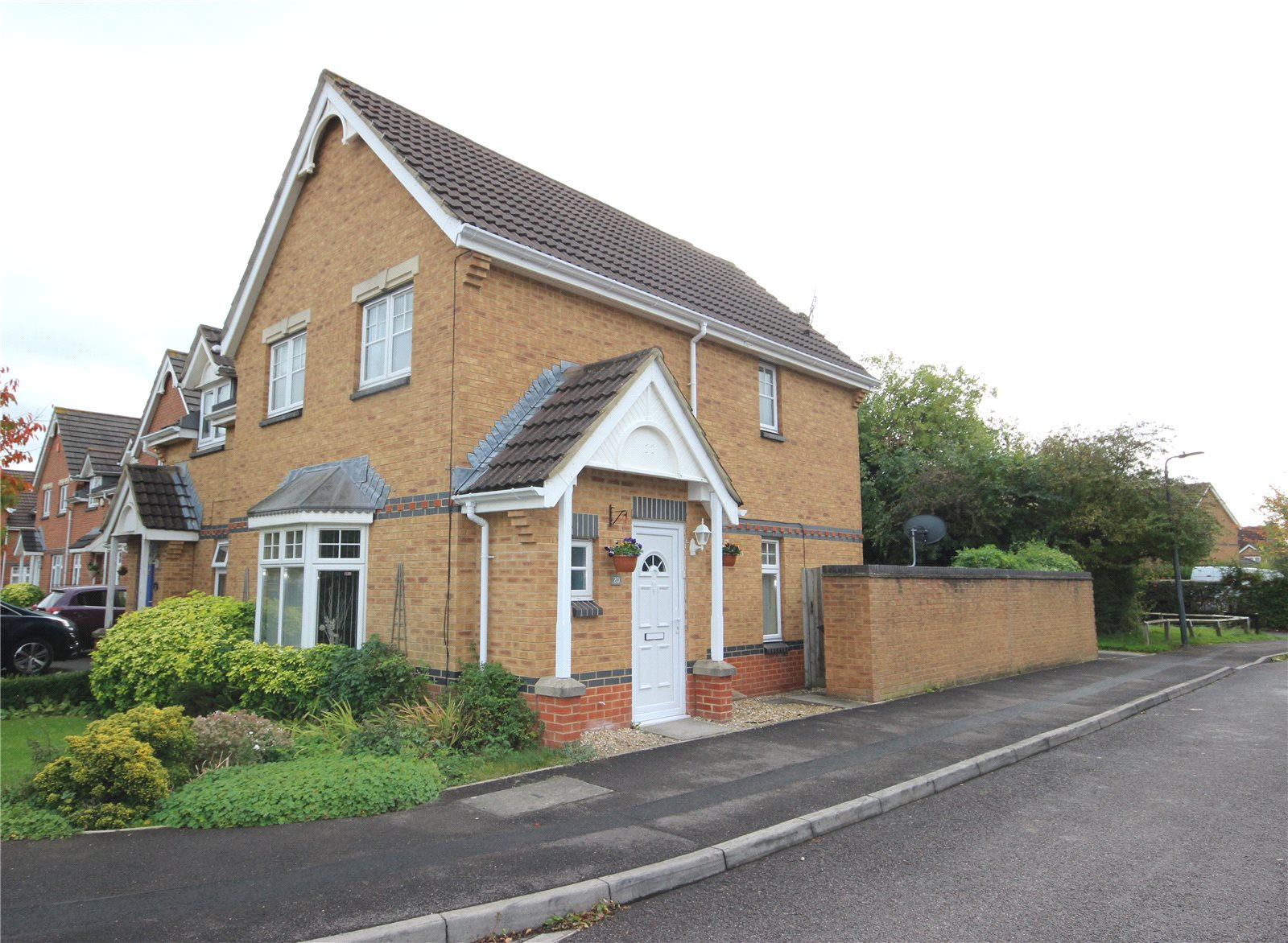 3 Bedrooms Semi Detached House for sale in Lavender Way Bradley Stoke Bristol BS32