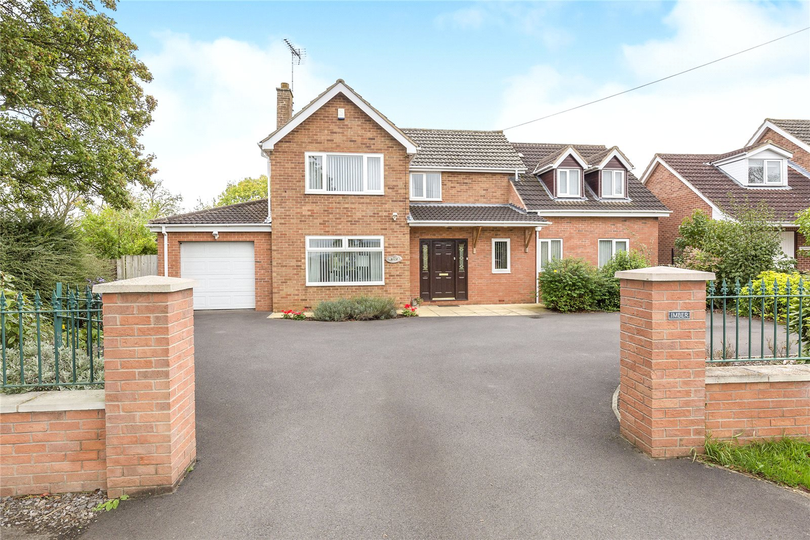 4 Bedrooms Detached House for sale in Boddington Road Staverton Village Cheltenham GL51