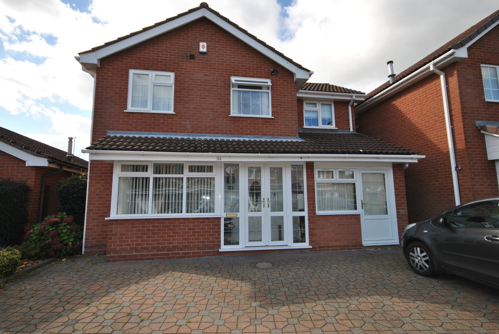 4 Bedrooms Detached House for rent in Newey Road, Hall Green B28