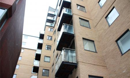 Icon House Merchants Place Reading RG1 Image 2