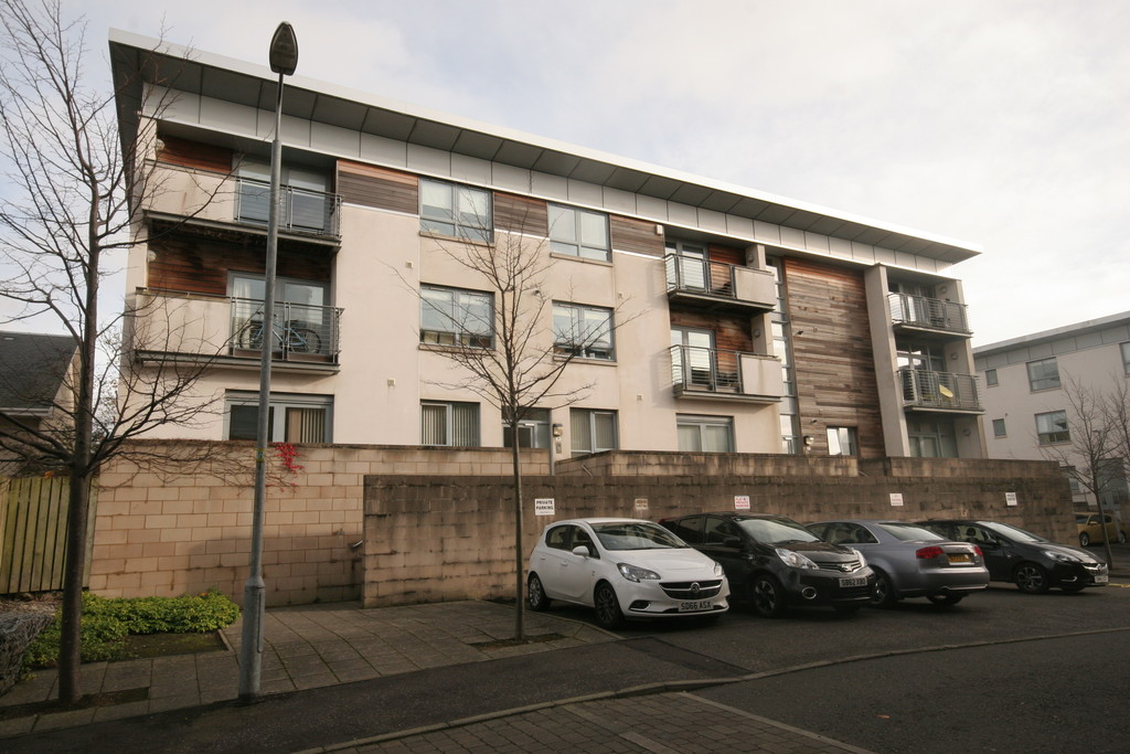 2 Bedrooms Apartment Flat for sale in 2/2, 9 Prospecthill Grove G42