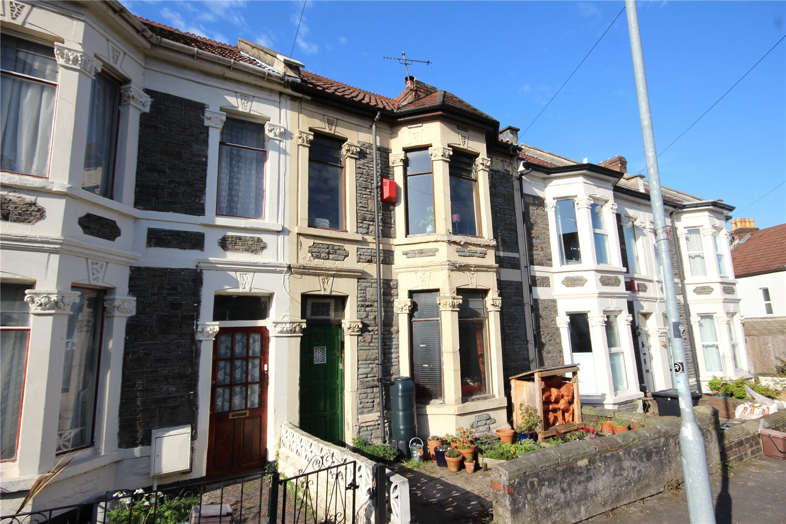 2 Bedrooms Terraced House for sale in Cromer Road Greenbank Bristol BS5