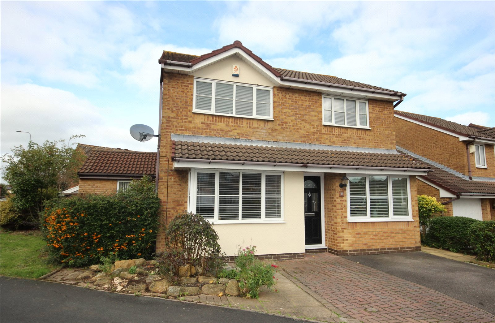 4 Bedrooms Detached House for sale in Ormonds Close Bradley Stoke Bristol BS32